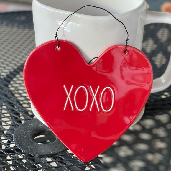 Rae Dunn XOXO Heart Sign Red